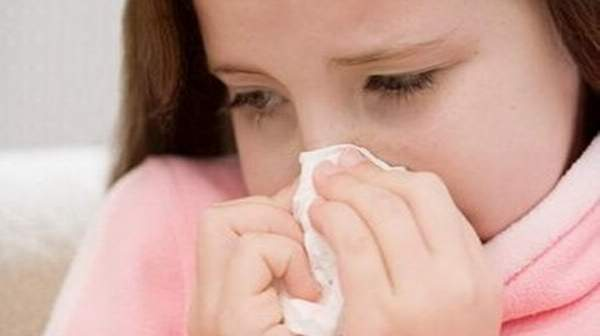 common causes of eye allergies
