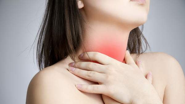 Picture of woman with sore throat